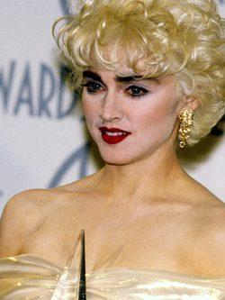 Madonna con un maquillaje excesivo