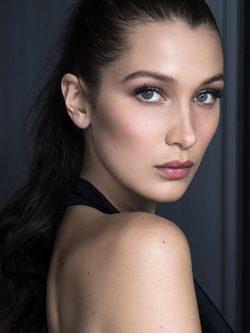 Bella Hadid, la nueva imagen de maquillaje de Dior