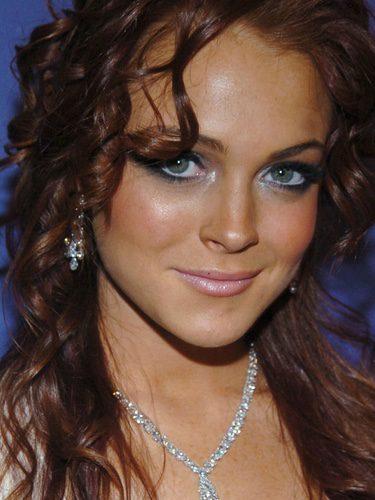 Lindsay Lohan con rizos