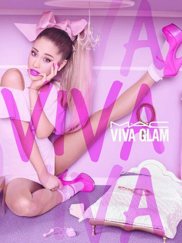 Ariana Grande durante la campaña 'Viva Glam' de MAC