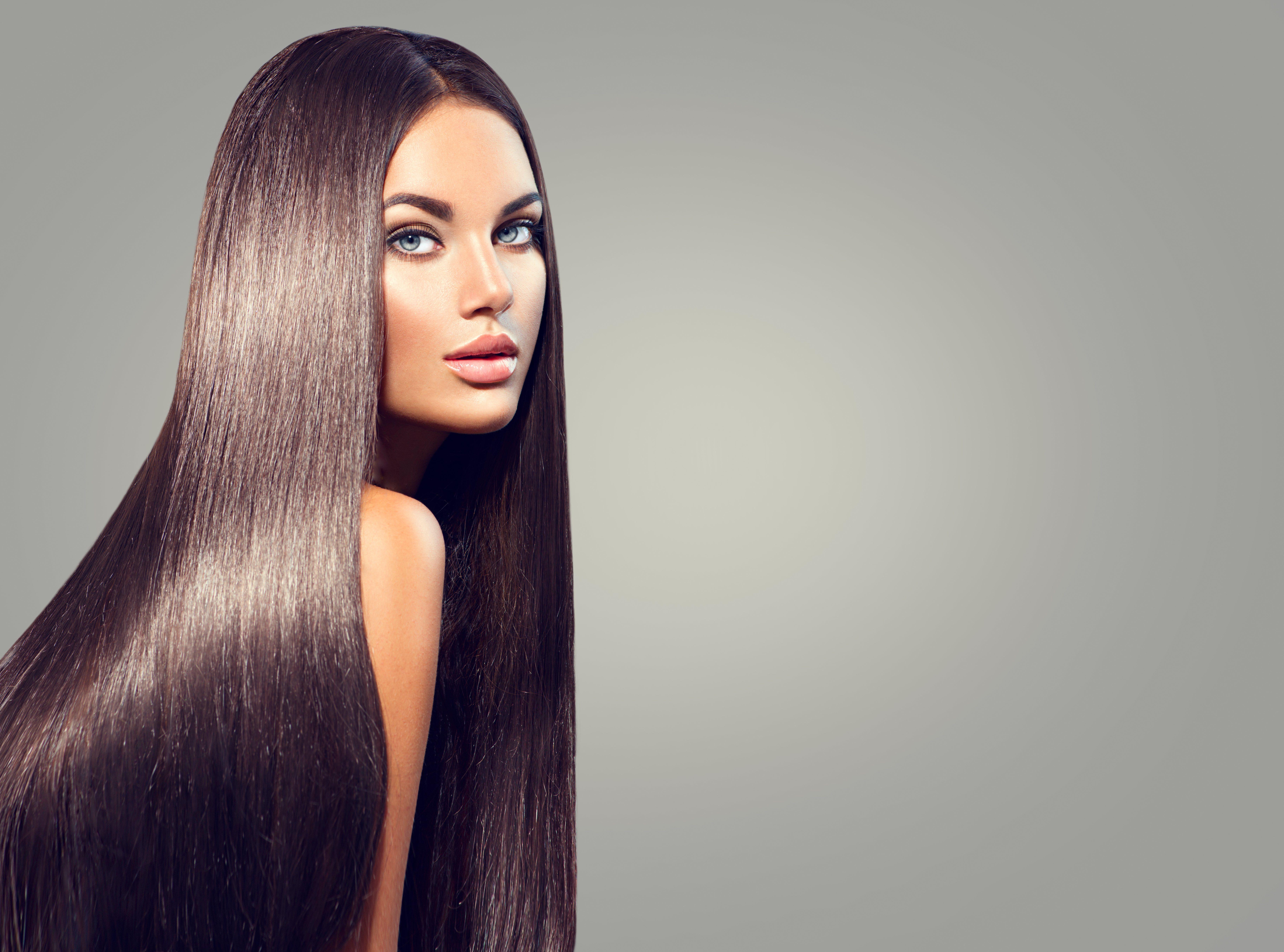 Debes elegir un tono de pelo el más parecido posible al tuyo para que no se note el contraste