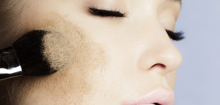 Durante el verano lo mejor es que en las mejillas optes por un colorete en crema o líquido