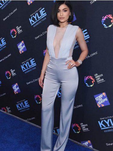 Kylie Jenner con un corte de pelo midi