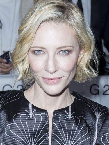 Cate Blanchett con un make up iluminado