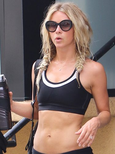 Julianne Hough con trenzas