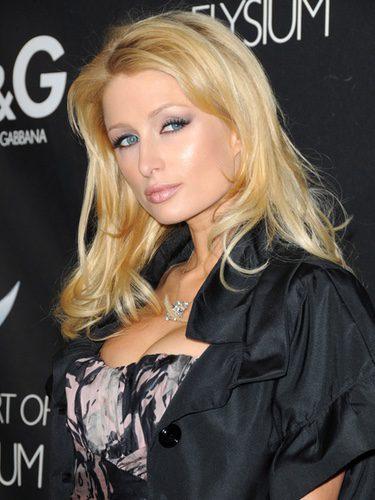 Paris Hilton con la melena a capas