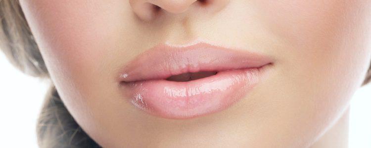 En cuanto a los labiales hay que elegirlo en tonos claros