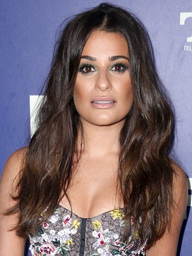 Lea Michele con un bronceado asimétrico