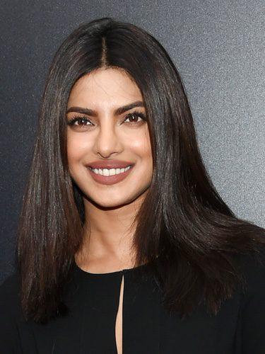 Priyanka Chopra con un labial nude mate