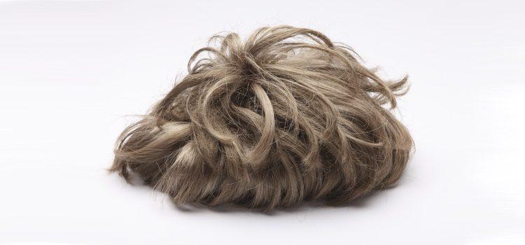 Existen varios métodos de colocación del peluquín