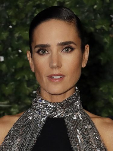 Jennifer Connelly con un look de ojos rasgados