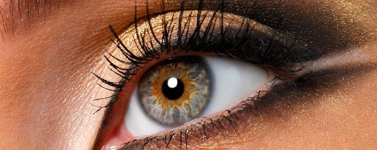 Los dorados y en general metalizados están muy de moda en el maquillaje otoñal