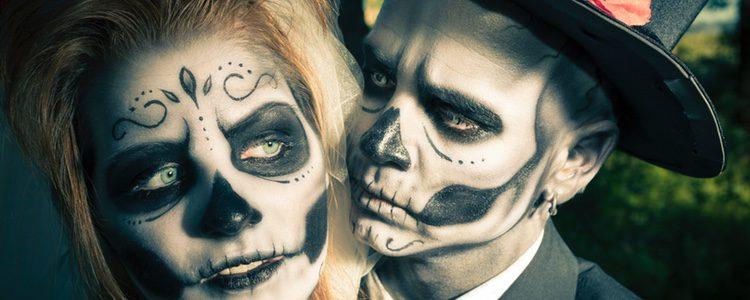 Si el maquillaje no se retira correctamente, se pueden producir daños perjudiciales en la piel