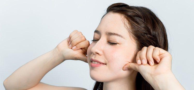Los masajes también puede hacerse en el rostro