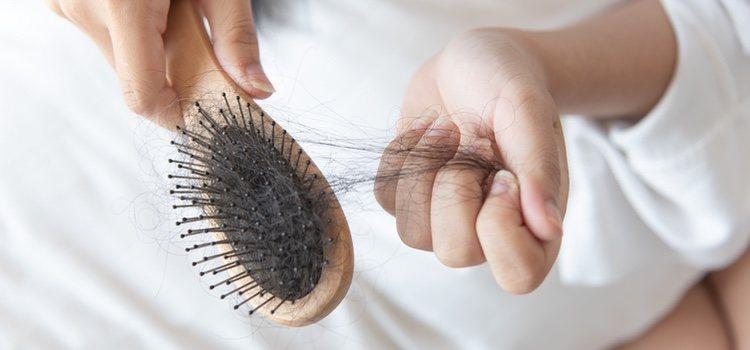 La caída del pelo cada vez es un problema más frecuente