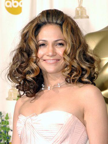 Jennifer Lopez se pasa con el volumen