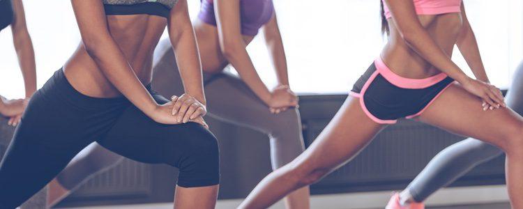 Las zancadas también son un ejercicio muy recurrente para los glúteos