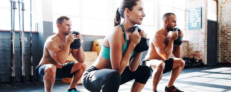 Cualquier ejercicio de los mencionados es perfecto para fortalecer los glúteos