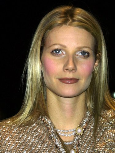 Gwyneth Paltrow se pasa con el colorete