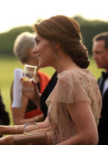 Kate Middleton con un recogido romántico