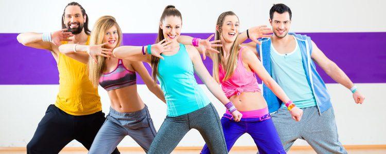 Aprovecha y realiza ejercicio con una persona cercana, será mucho más divertido