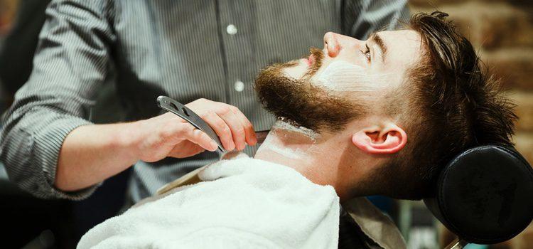 Para que una barba no roce hay que proteger, nutrir y dar forma al vello facial