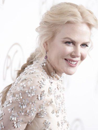 Nicole Kidman con una trenza trasera texturizada