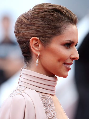 Cheryl Cole opta por un french twist pulido