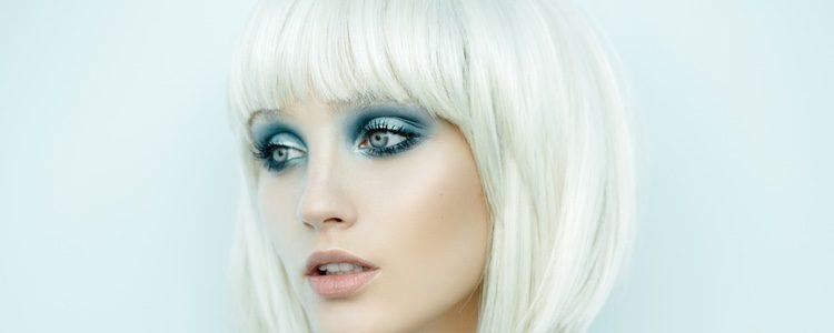Los colores azules serán tendencia en cuanto a maquillaje de ojos