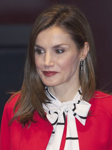 La Reina Letizia combina su labial con el outfit