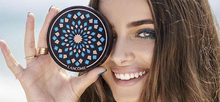 La modelo Taylor Hill es la nueva embajadora de la firma
