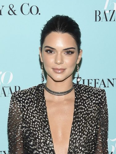 Kendall Jenner durante la fiesta de 150 aniversario de Harper's Bazaar
