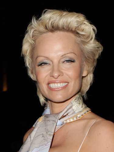 Pamela Anderson a lo Marilyn Monroe