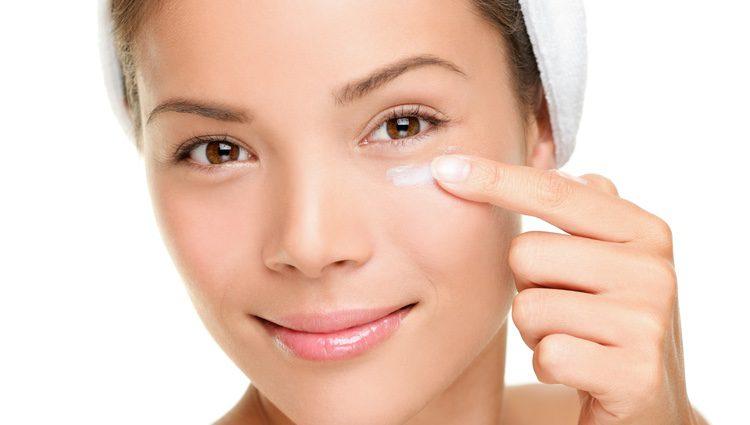 Como tu tono de piel habrá cambiado, es normal que debas buscar un tono de maquillaje distinto
