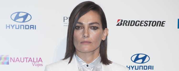 Laura Ponte con un maquillaje claro