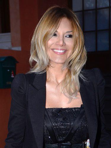 Ivonne Reyes con pelo rubio
