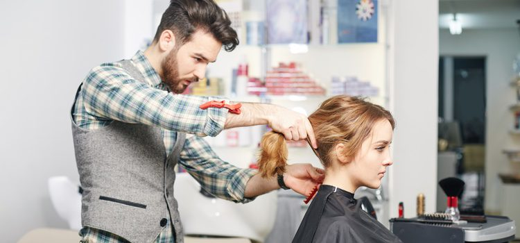 Hay una amplia variedad en el cabello postizo