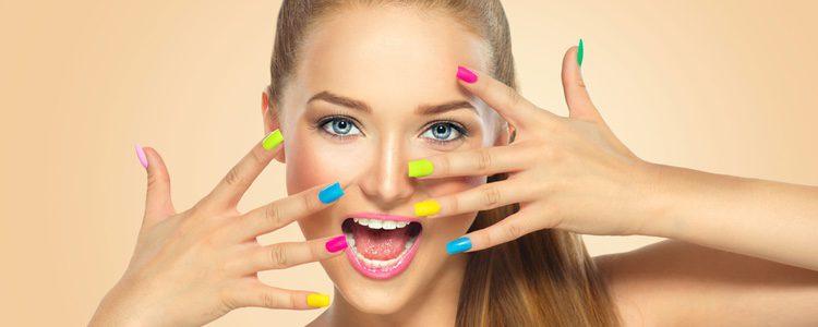 Usar uñas de porcelana tiene ventajas e inconvenientes