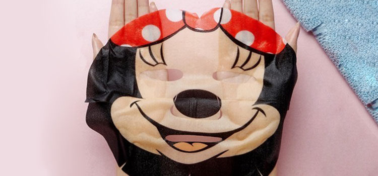 Mascarilla de Minnie Mouse de Mad Beauty, disponible en Asos