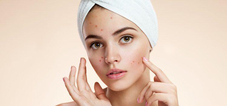 Centra la atención con el maquillaje en las zonas de tu rostro que más te gustan