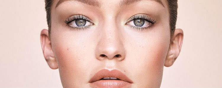 La 'Jetsetter Palette' ha sido creada por Gigi Hadid para emular su rutina de maquillaje diario