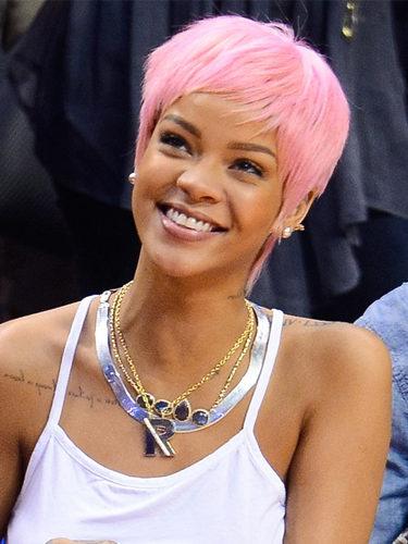 Rihanna, en un partido de baloncesto