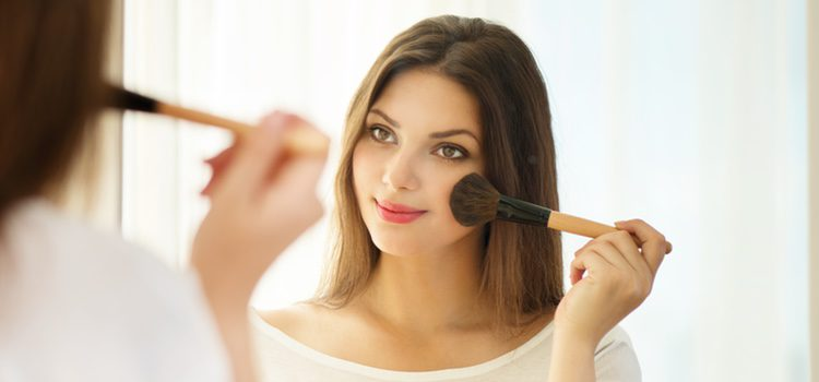 Maquillaje de pómulos