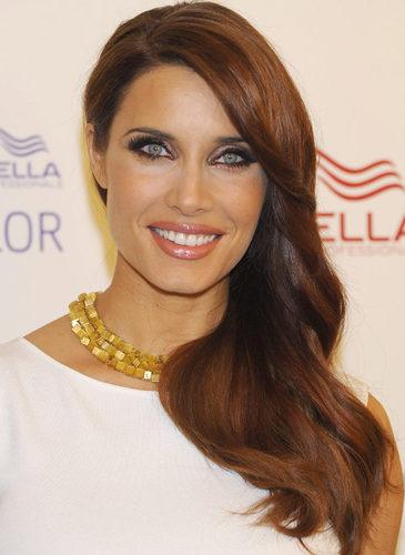 Pilar Rubio, con un peinado de raya lateral
