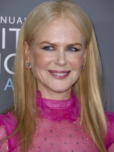 Nicole Kidman con demasiado colorete