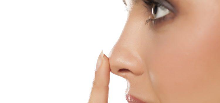 La crema pre-base es una gran aliada para conseguir que nuestra nariz luzca perfecta durante un mayor periodo de tiempo