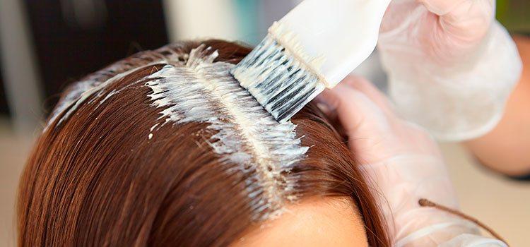 Cambiar de color de forma constante puede provocar graves daños en el cabello. Se recomienda hacerlo de forma gradual