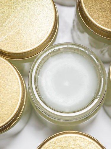 La vaselina líquida puede ser tu gran aliado de belleza y lo mejor que tiene un precio muy asequíble
