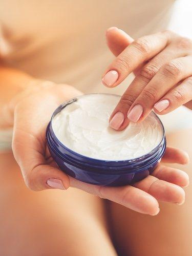 Para que el tratamiento sea más efetivo se recomienda usar el serum de la misma gama