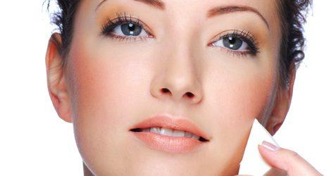El maquillaje permanente no es apto para todo tipo de pieles